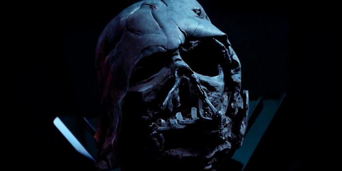 Hot Toys - Burnt Darth Vader Helmet Replica