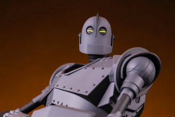 The Iron Giant Mondo Mecha Figure